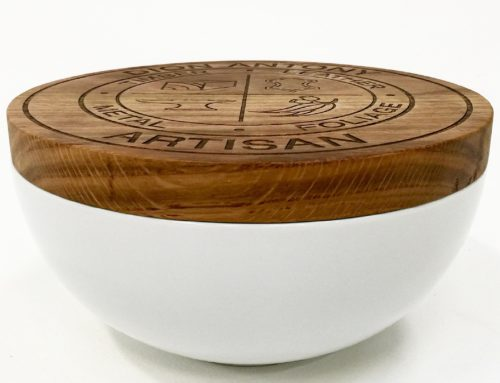 SOUP BOWL AND BREAD BOARD